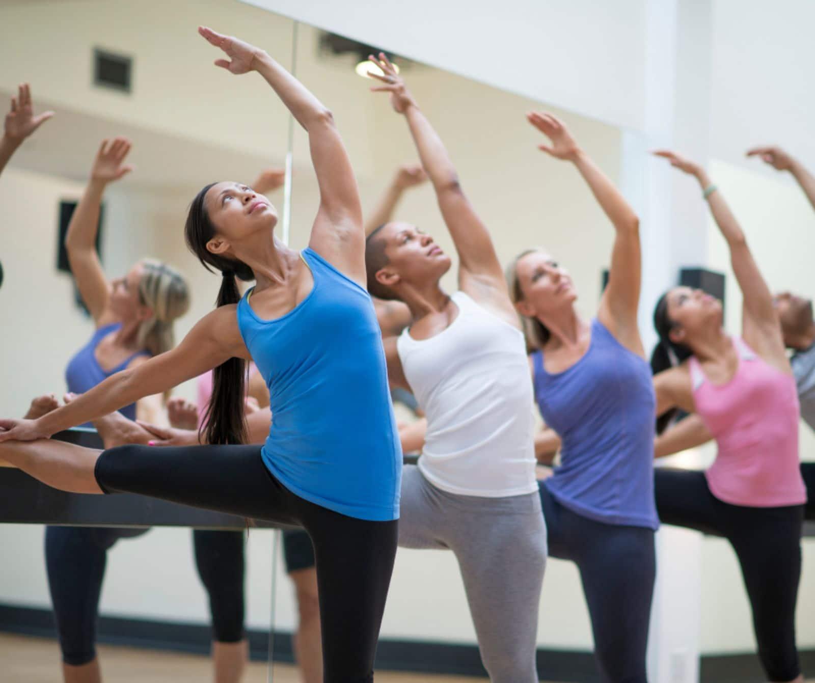 barre fitness class dancers